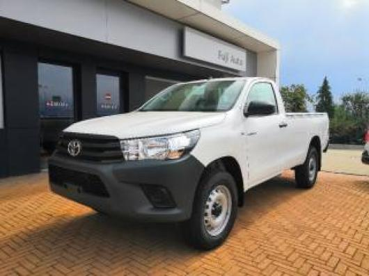 nuovo TOYOTA Hilux